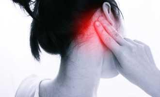 Почему за ухом появляются болевые ощущения